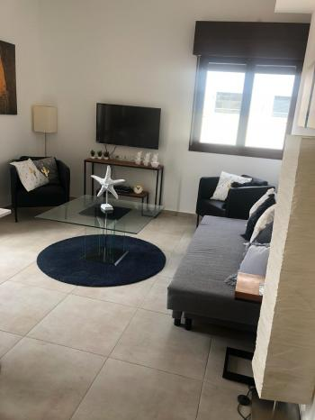 3br - Beautiful New apt in Beit HaKerem. Fully Furnished, Balcony+View