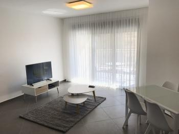1br - Brand new apt in Mishkanot Hauma, balcony, private parking and elevator