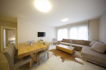 4BR - Brand New APT in City Center, Furnished, Elevator, Balcony Private Parking