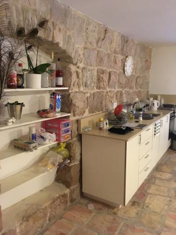 Beautiful 2 rooms apartment with balcony in Nachlaot