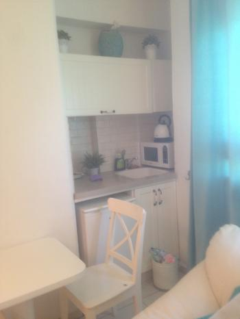 Beautiful studio apartment prime location with view of the Western Wall!