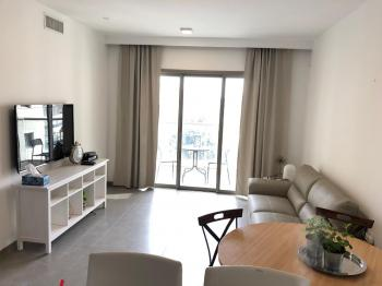 2br - Beautiful apt on Caspi St. Amazing View and Balcony, Furnished Parking
