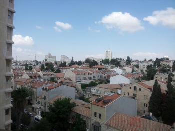 Great Deal in Rechavia! Wolfson Towers. Spacious 4 rooms