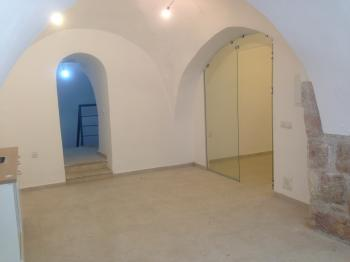 Beautiful renovated 2 rooms apartments for rent in Nachlaot