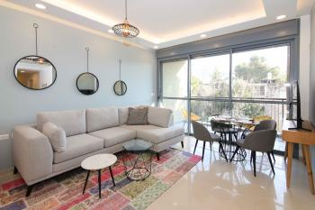 SUZY: 3 BR, 2 BA, NEW LUXURY IN BAKA
