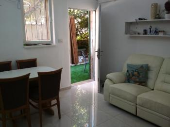 3.5 room apartment for sale on  Agripas Street
