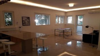 Great New Price!! On Derech Azza-3 Bedrooms,2 Baths,Ground Floor,100%  Kosher
