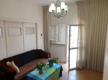 Nachlaot 2 bedroom , Great location
