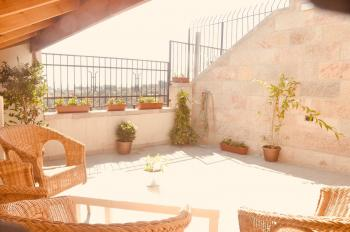 Penthouse 4 bedroom Apt with large terrace