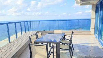 Exquisite Seafront PH in the heart of Tel Aviv (Whole floor)