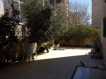 3 bedroom garden apartment  in Arnona