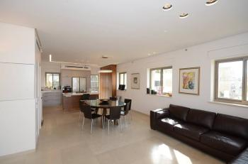 New Penthouse In The Heart Of Old Katamon For Sale