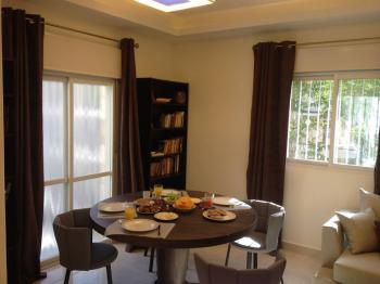 Beautiful apartment for sale in Rehavia near Shaarei Chesed!