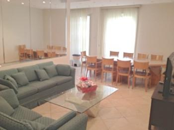 Kosher Family Rental in Pinsker Building near Emek Refayim