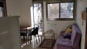 THE MOODY MOON: AWESOME Fully Furnished Studio in City Center