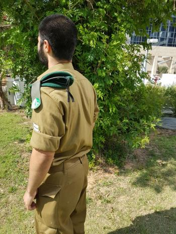 Program launched to help lone soldiers stay in Israel