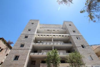 In Baka,  3 bedrooms apartment for sale � in a new Tama 38 building