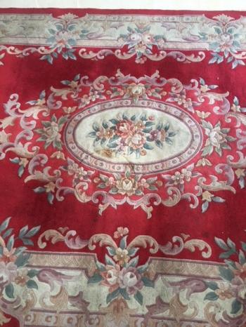 stunning chinese carpet!