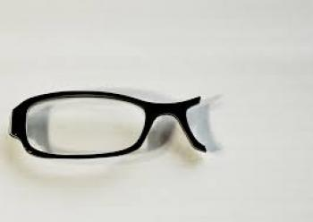 Israeli corrective eye drops could make eyeglasses obsolete