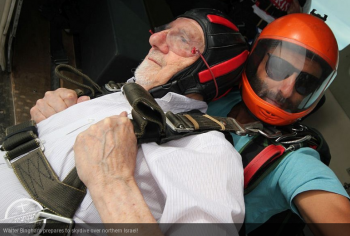 Kindertransport 94-year-old is Israel's oldest skydiver