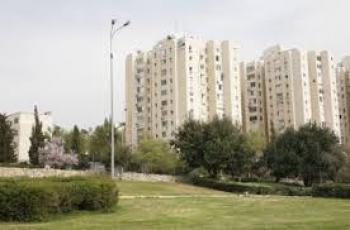 Apartment for sale in Bait Balev - Old Age Home in Rehavia