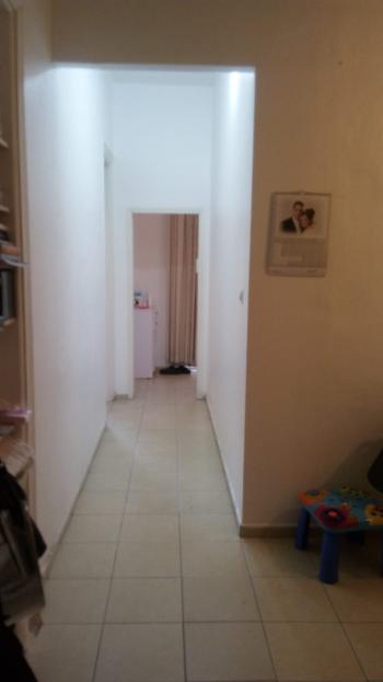 Shaarei Chesed 2.5 Rooms renovated Buiding