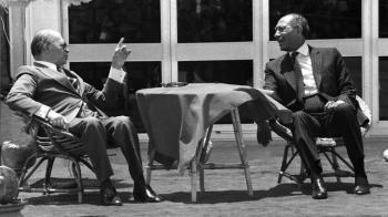 Rare photo series marks Israel-Egypt peace treaty at 40