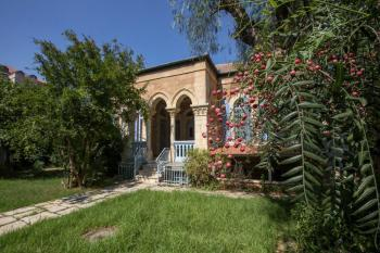 30.000 / 526m2 - private land and historic house for rent (hamoshava guermanit)