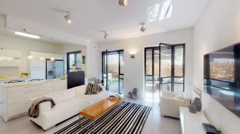 Arnona - Leib yafe, Beautiful 5 rooms garden apartment
