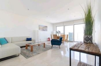 LUXURY RENTAL IN THE SAIDOFF BUILDING NACHLAOT