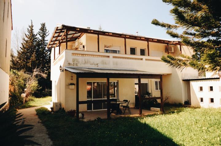 5 Bedroom House For Sale - Kfar Vradim NIS 2600000 on