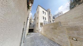 FOR SALE ON EVEN SAPIR,  NACHLAT ACHIM  A Brand New Boutique Building near Sha'are Hesed