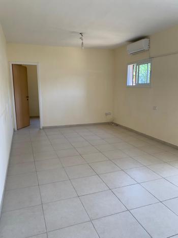 1.5 room apartment close to Emek Refaim