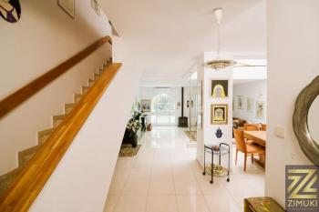 Character and beauty in the heart of Baka  3 apartments for sale as one.