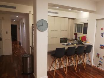 Old Katamon 4 bedroom apartment