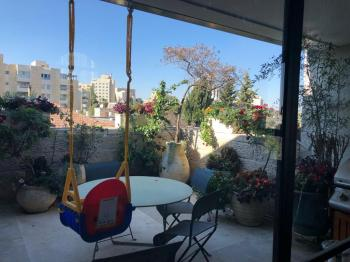 Hovevei apt for rent from mid July