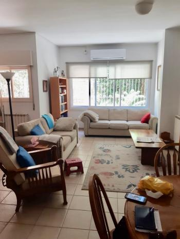 Spacious Apartment for Rent - Rehavia