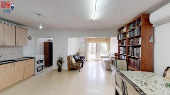 CHARMING 2 BEDROOM WITH PORCH ON ERETZ CHEFETZ