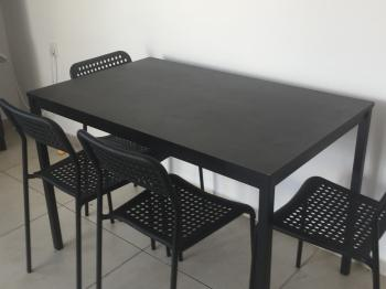 table and plastic chairs MUST GO! 250 nis for all!