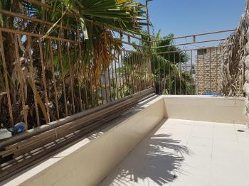 SUNNY AND CENTRAL 2.5 BEDROOM IN RAMAT ESHKOL WITH LARGE  PORCH & TAMA 38