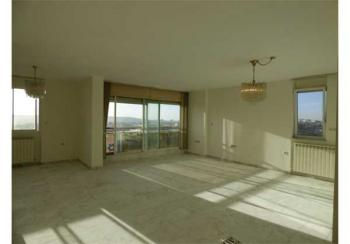LARGE 3 ROOMS IN THE WOLFSON BUILDING WITH AMAZING VIEW