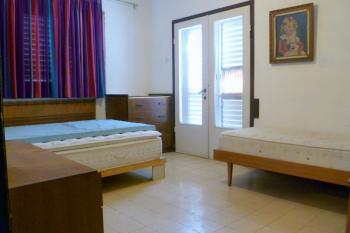 For rent 4 room apartment in Smilansky corner of Jerusalem Blvd, Netanya