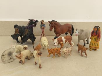 Lot of animal figures