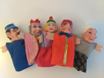 5 Finger puppets