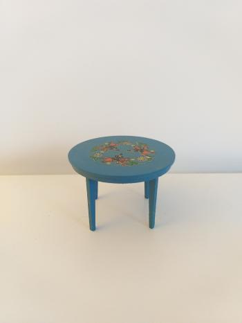Vintage doll house furniture - Hand painted