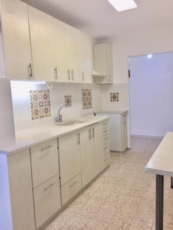 Newly rennovated 3 room apartment