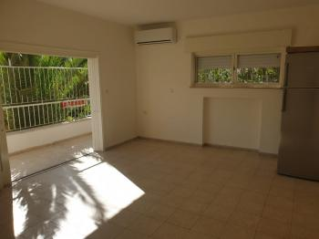 For Rent in Jerusalem in Gilo on Afarsemon St. a 2 Room Apartment