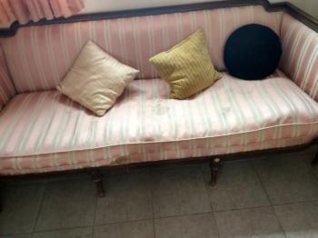 sofa vintage 1940s