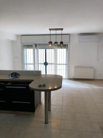 4 room apartment in malha