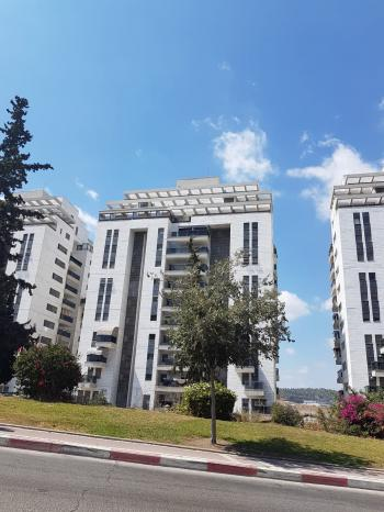 New, Luxury Apartment Towers at Beit Shemesh City Gates